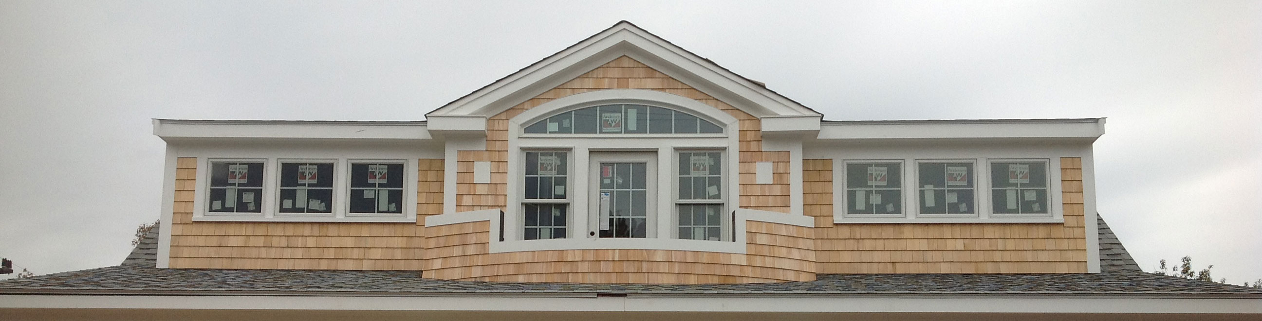 Home improvement contractor cape cod roofing and siding for Cape cod house renovation